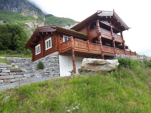 Fjord Home Olden