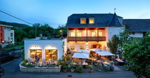 Johannishof Wein Cafe And Gastehaus