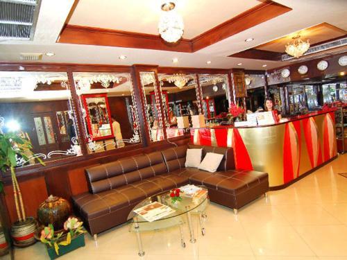 Lucky Palace Hotel photo 12