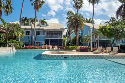 Britannia Villas by Cayman Villas