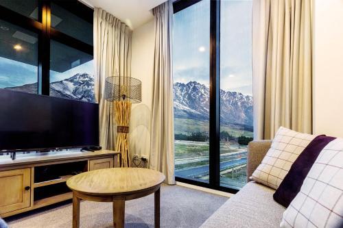 . Executive 2 Bedroom Apartment Remarkables Park