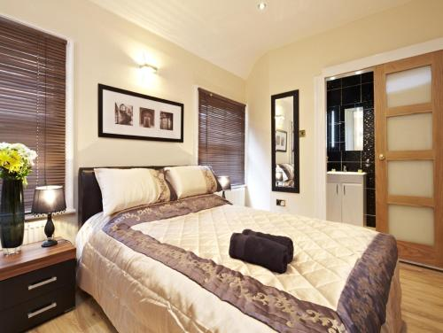 Hyde Park Rooms & Apartments, Marble Arch
