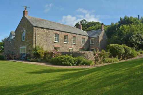Trencreek Farmhouse, Tregony, Cornwall