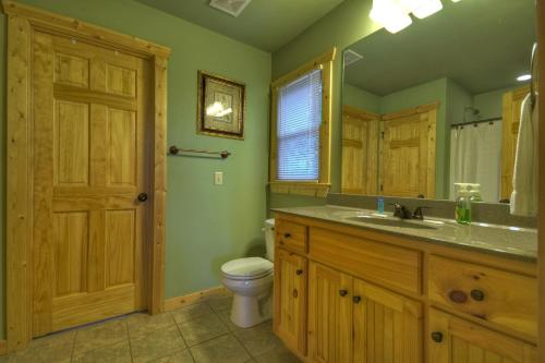 Gilead's Balm Cabin - Ellijay, GA 30540