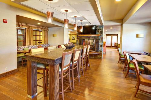 Hampton Inn Butte - Butte, MT 59701