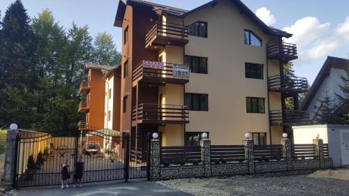 Hotel Apartament ELDYA comfort&suites - Accommodation - Predeal