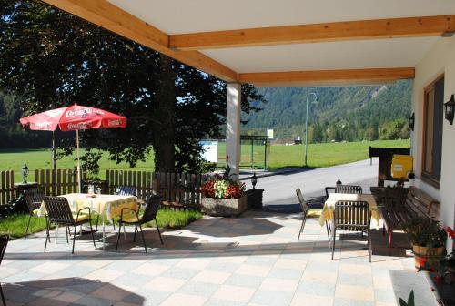 Pension Edelweiss, Breitenbach am Inn, Austria - bubble-sheet.com