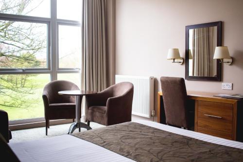 . Humber Royal Hotel