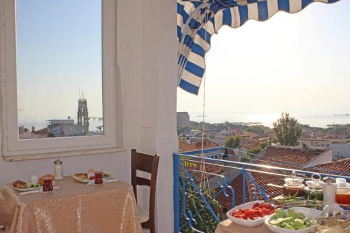 Bozcaada Hambarlı Otel fiyat