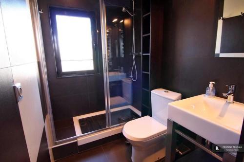 Excellent 2 bedroom Apartment in Barcelona (FC7083)