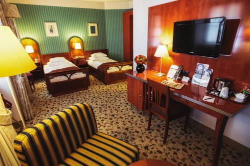 grand hotel mercure biedermeier wien