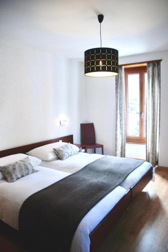 La Dent Du Midi Hotel And Restaurant