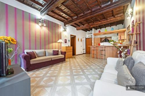Stunning 3 bedroom Apartment in Rome (FC1257)