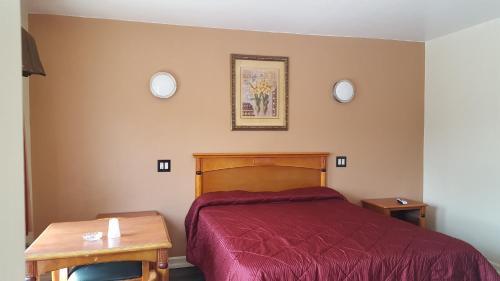 Deluxe Motel Los Angeles Area - Downey, CA 90241