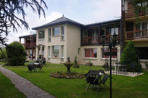 Hostellerie Saint Clement
