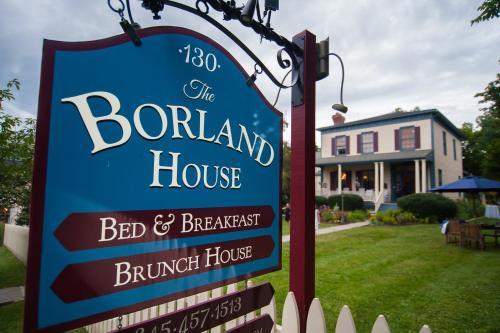 The Borland House Inn - Accommodation - Montgomery