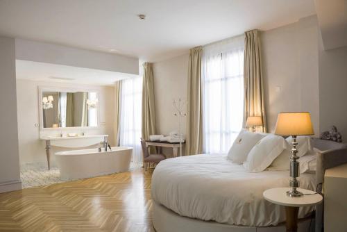 Junior Suite Deluxe - single occupancy Hotel Palacio De Úbeda 5 G.L 11