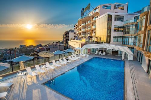 . Maximus Hotel Byblos