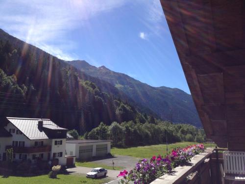 Фото отеля Hotel Zerres