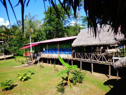 HotelAmazon Lodge & Safaris