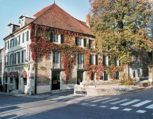 . Logis Hôtel des Messageries