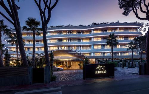 . Alàbriga Hotel & Home Suites GL