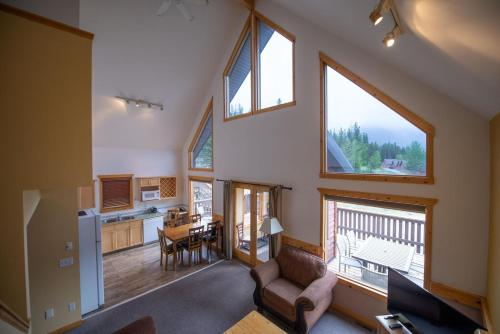 Banff Gate Mountain Resort - Canmore, AB T1W 2W4