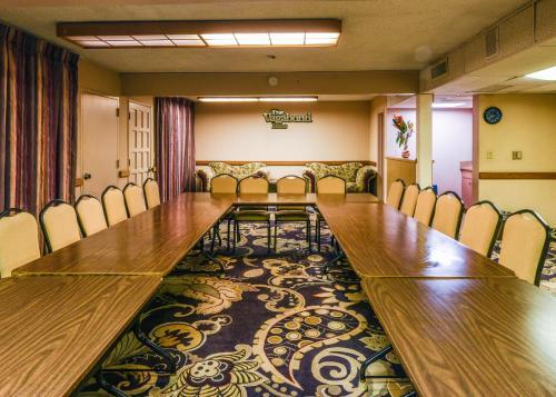 Vagabond Inn Costa Mesa - Costa Mesa, CA CA 92626