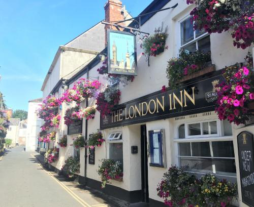 The London Inn (Bed and Breakfast)