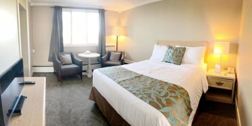 Seasons Inn Halifax - Halifax, NS B3N 2E2