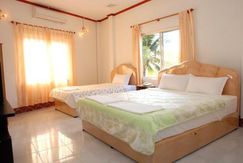 Mekong Sunshine Hotel room photos