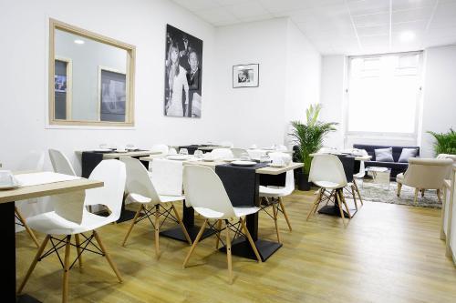 CALM Appart' & Hostel - Hôtel - Lille