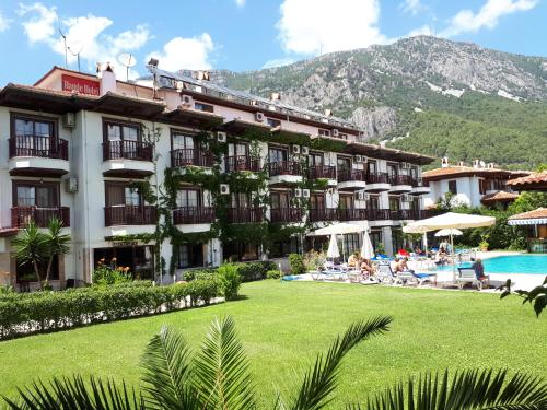 . Hamle Hotel
