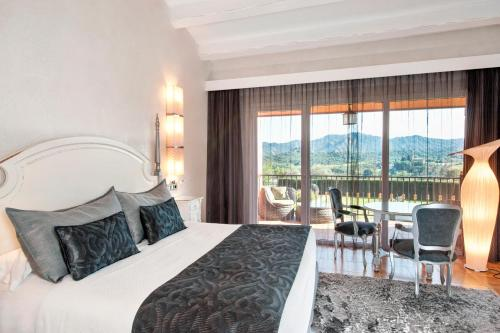 Double Room with Terrace and Spa Access Mas Tapiolas 4