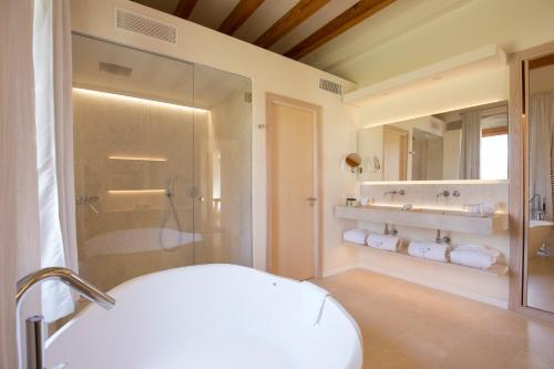 Luxury Suite Can Simoneta - Adults Only 10