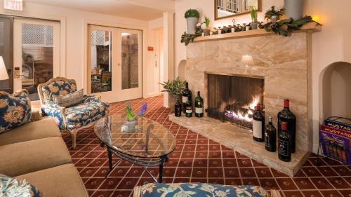 Elm House Inn - Napa, CA CA 94559