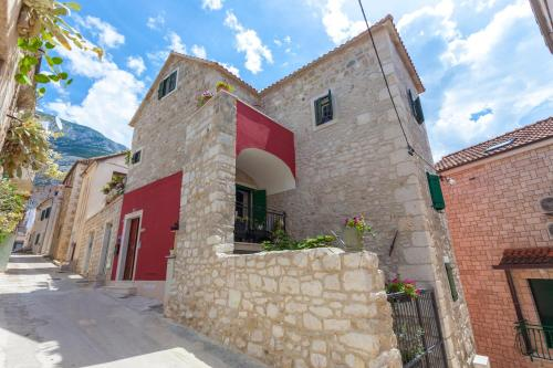 Apartments Linda, 21300 Makarska