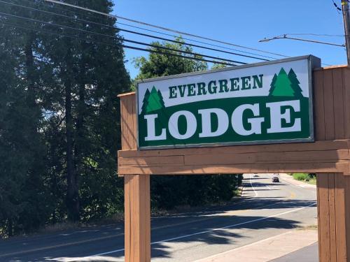 Evergreen Lodge