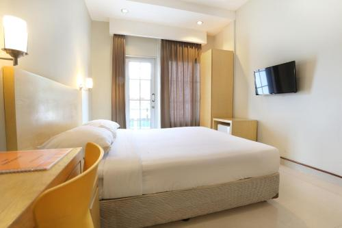 Triniti Hotel Batam photo 27