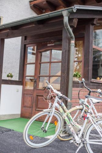 Gasthaus zur Waldschenke - Hotel - Zeltweg