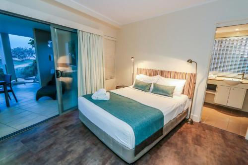 Фото отеля Apartment 409 Pavillions on 1770