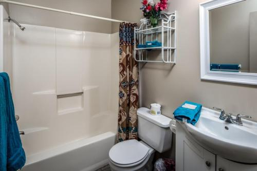103 Whispering Bluff   Two Bedroom