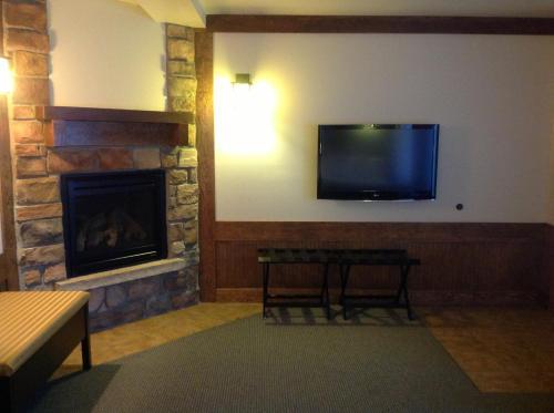 The Haber Motel - Estes Park, CO 80517