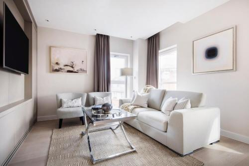 Posh Westminster Suites by Sonder