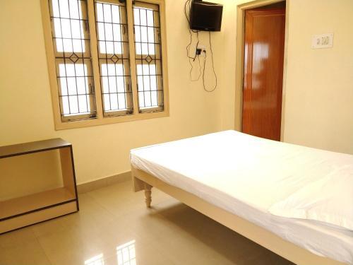 Hotels near Tirumala Venkateswara Temple, Tirupati - BEST HOTEL