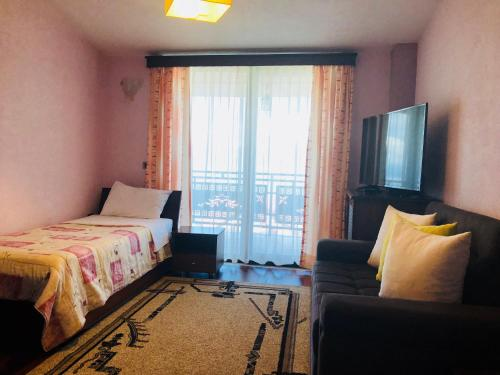 Hotel Lyhnidas