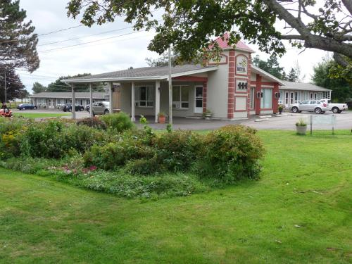 . Clark's Sunny Isle Motel