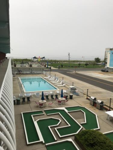 Gold Crest Motel - Wildwood Crest, NJ 08260