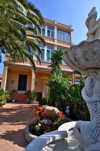 Hotels Varazze - Top Hotelangebote exklusiv bei Agoda.com
