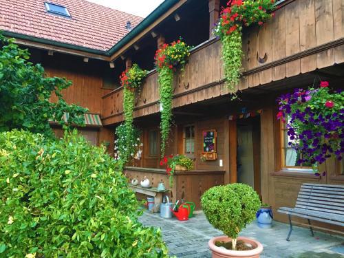 BnB DeHeimelig - Accommodation - Huttwil